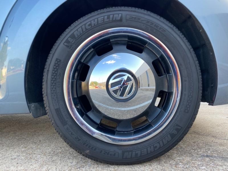 Volkswagen Beetle Convertible 2016 price $17,499