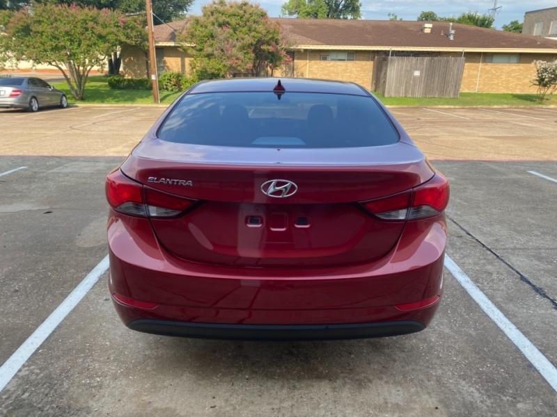 Hyundai Elantra 2016 price $11,999