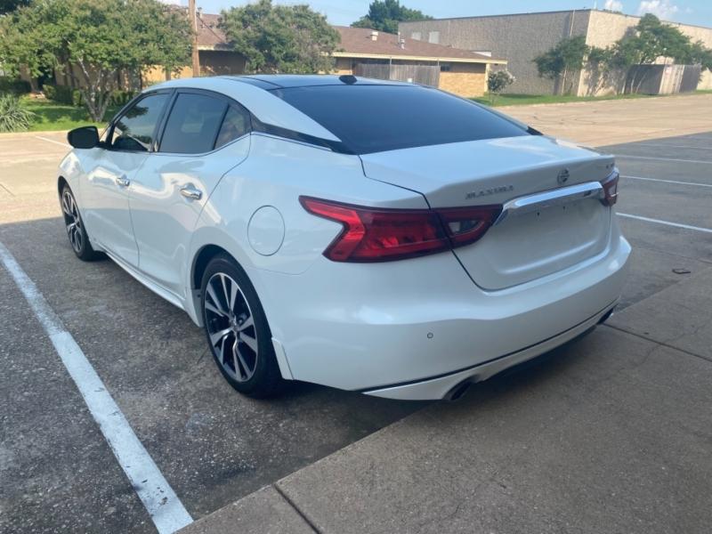Nissan Maxima 2017 price $22,999