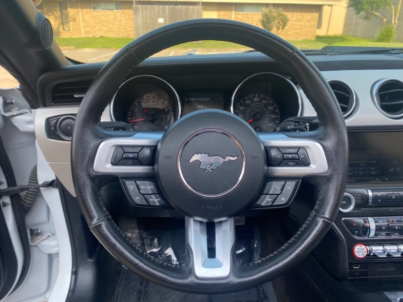 Ford Mustang 2015 price $21,999