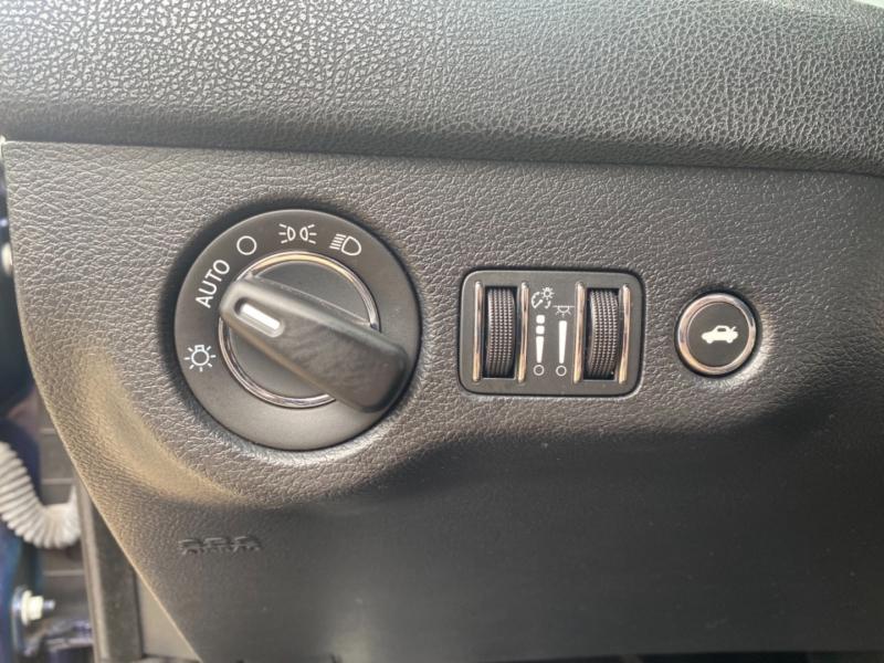 Chrysler 300 2016 price $13,999
