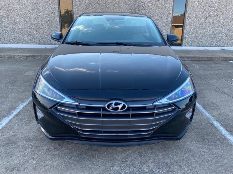 Hyundai Elantra 2020 price $17,999