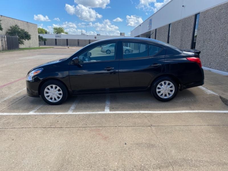 Nissan Versa 2018 price $10,499