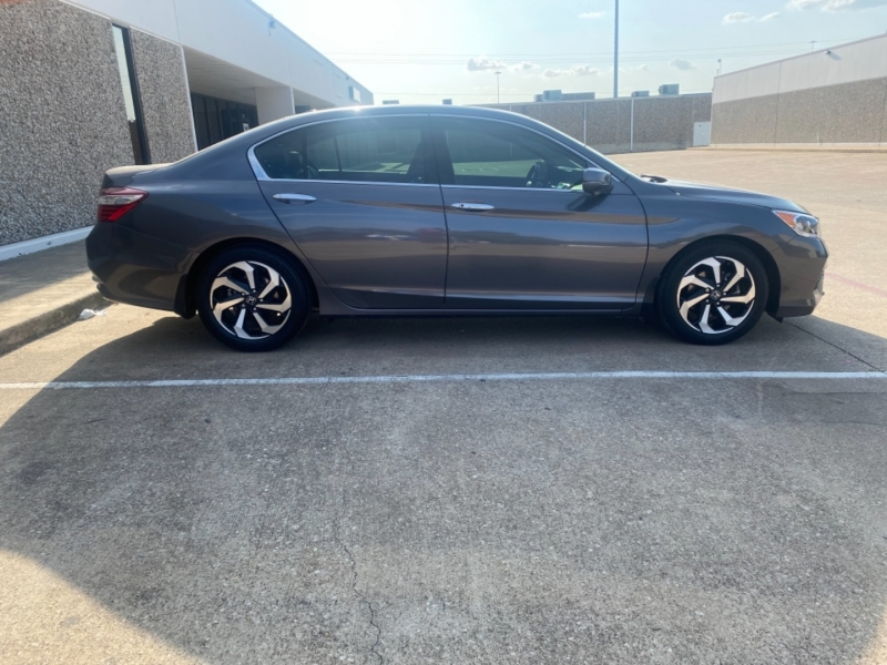 Honda Accord Sedan 2017 price $21,999