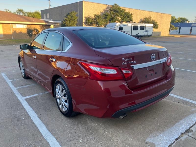 Nissan Altima 2017 price $11,999
