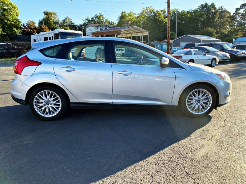 Ford Focus 2012 price $6,499