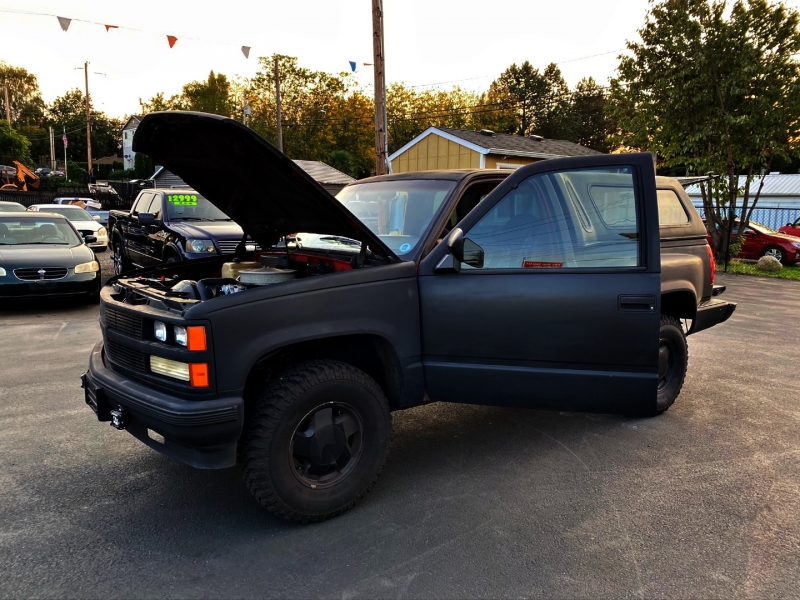 Chevrolet 1/2 Ton Pickups 1988 price $10,999