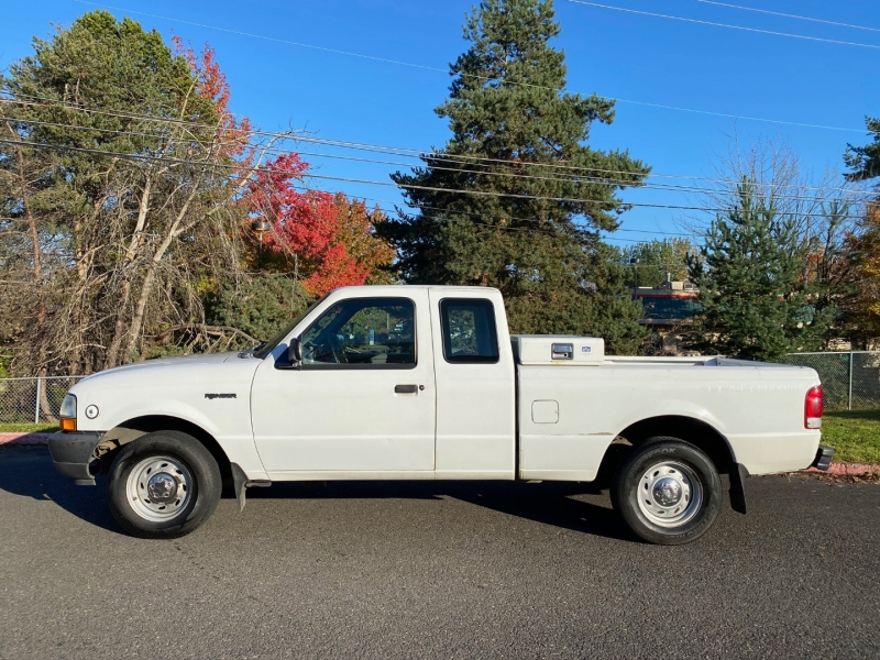 Ford Ranger 2000 price $3,499