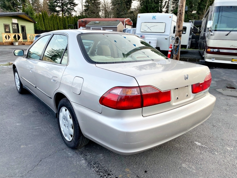 Honda Accord Sdn 1999 price $2,299