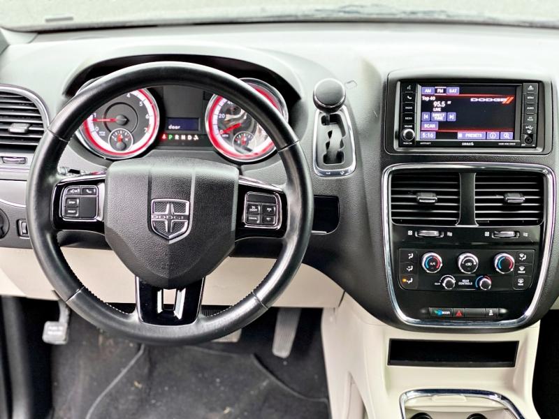 Dodge Grand Caravan 2019 price $17,995