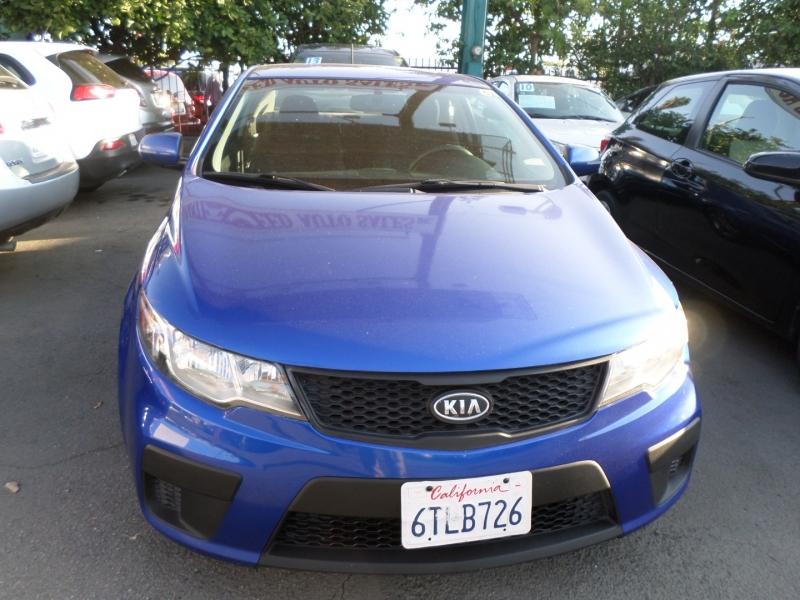 Kia Forte Koup 2011 price $7,450
