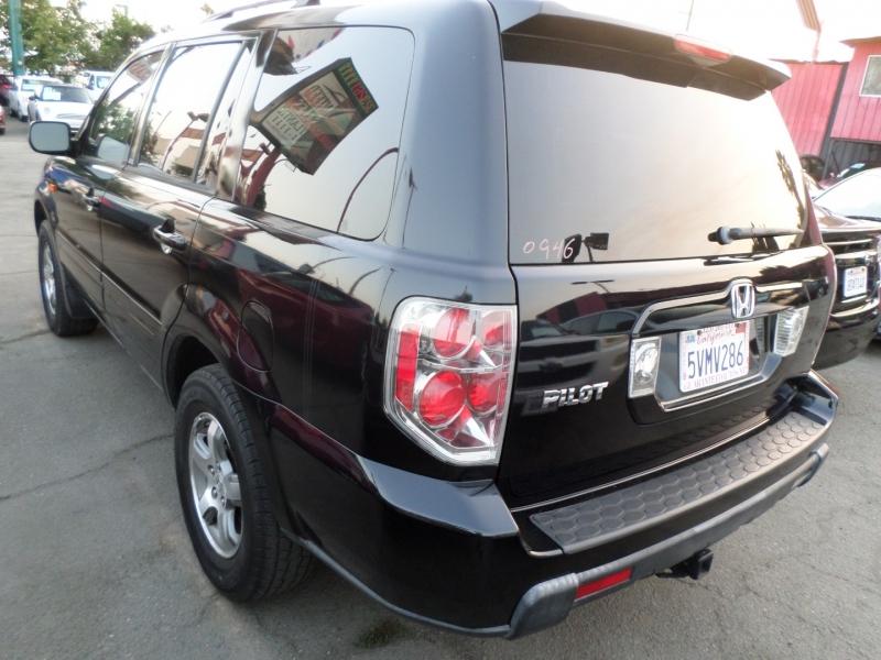 Honda Pilot 2006 price $9,450