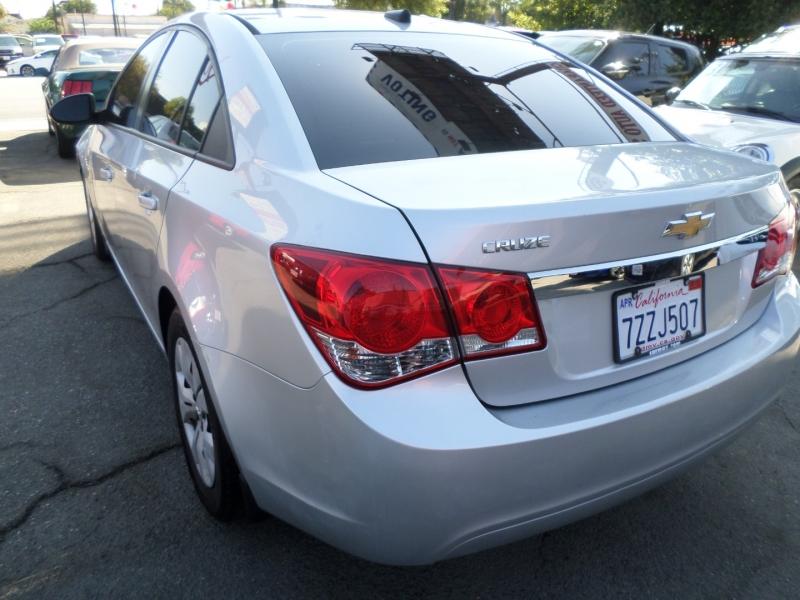 Chevrolet Cruze 2013 price $8,450