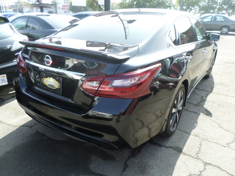 Nissan Altima 2017 price $11,950