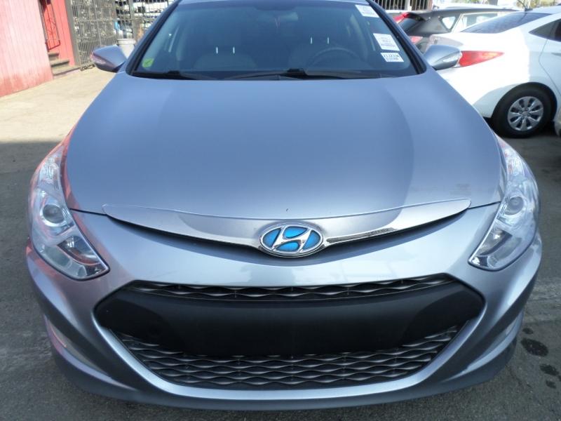 Hyundai Sonata Hybrid 2015 price $10,950