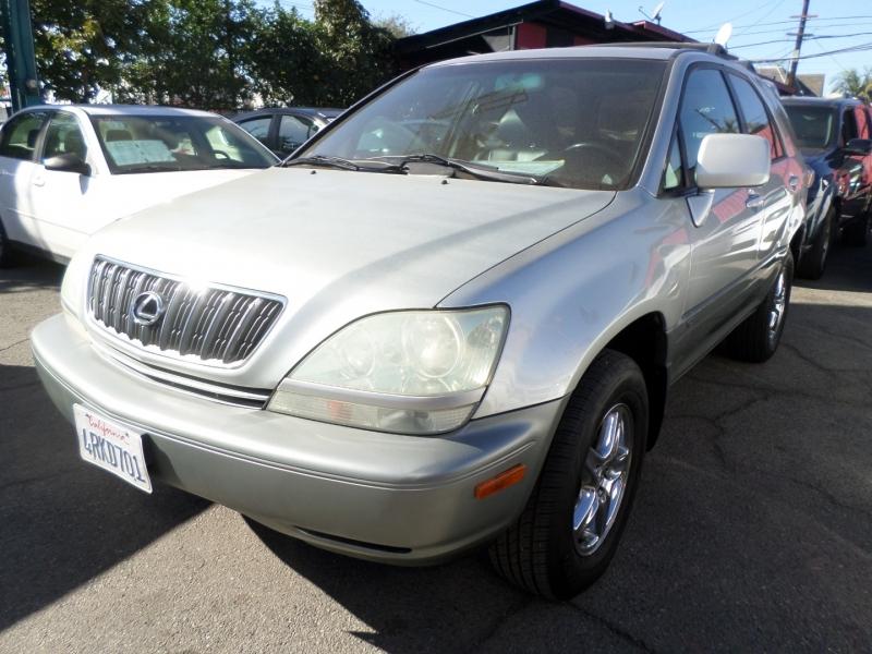 Lexus RX 300 2001 price $5,950