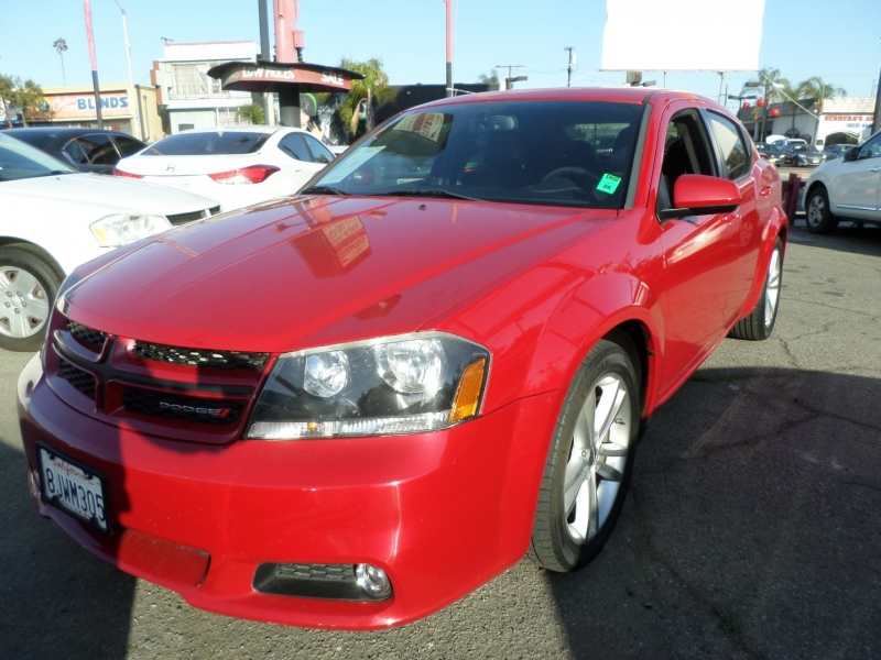 Dodge Avenger 2014 price $8,950