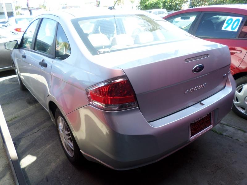 Ford Focus 2011 price $6,950