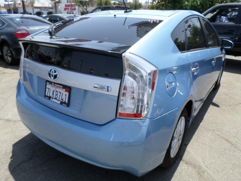 Toyota Prius Plug-In 2015 price $9,450