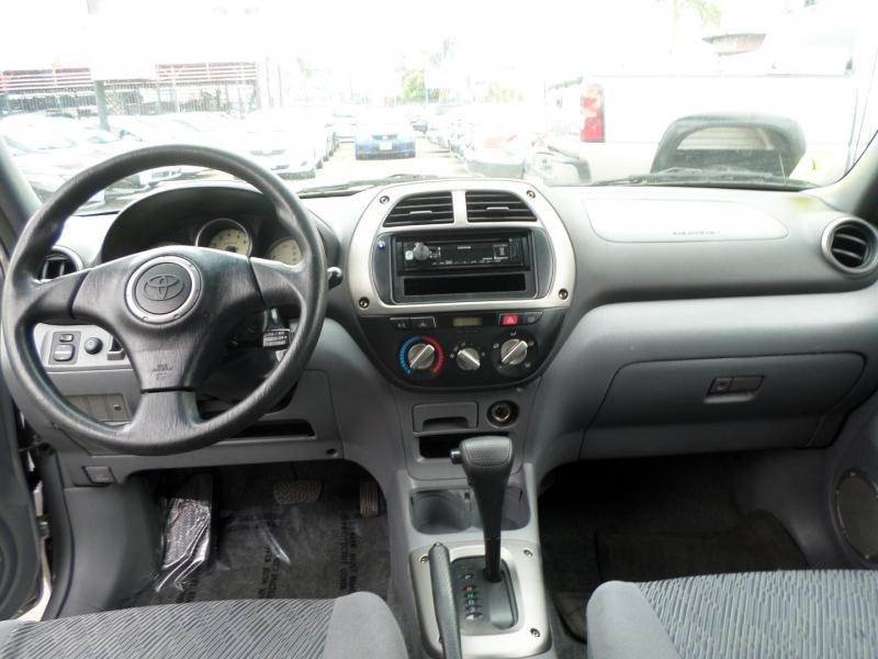 Toyota RAV4 2002 price $7,950