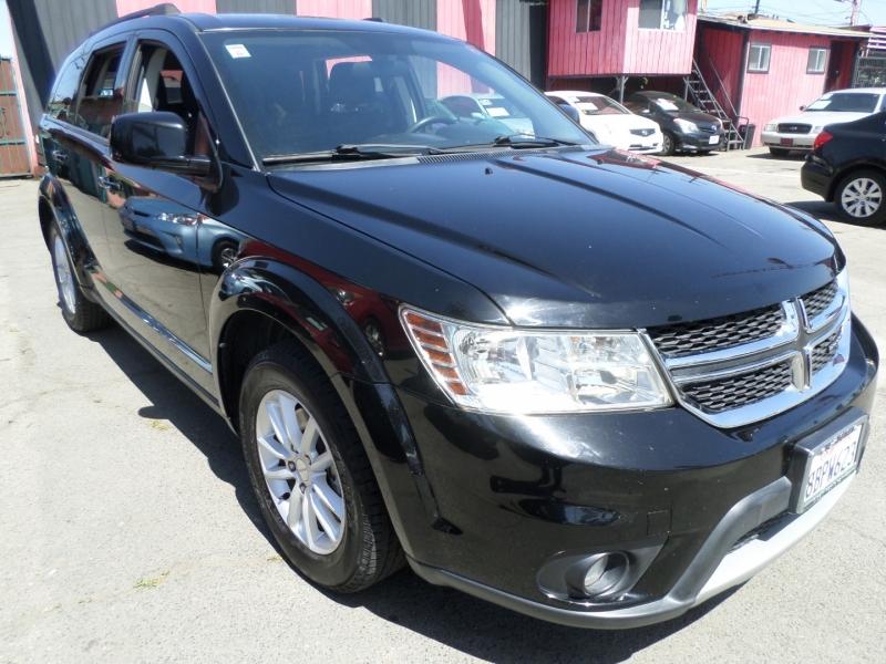 Dodge Journey 2015 price $11,950