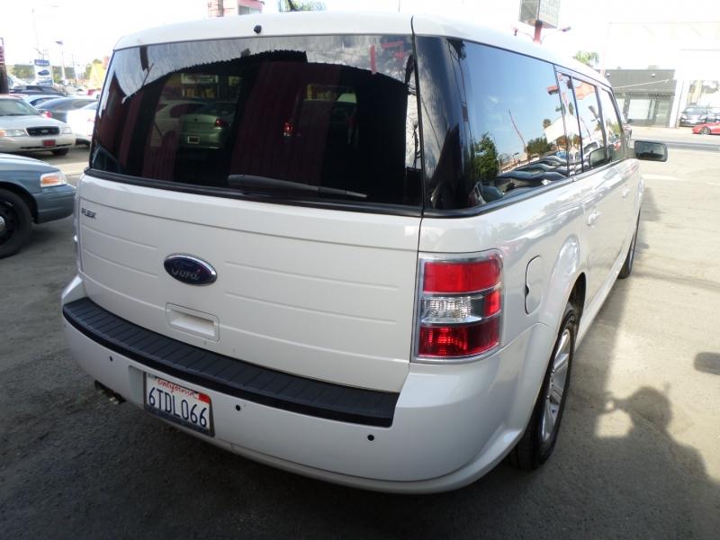 Ford Flex 2011 price $10,950