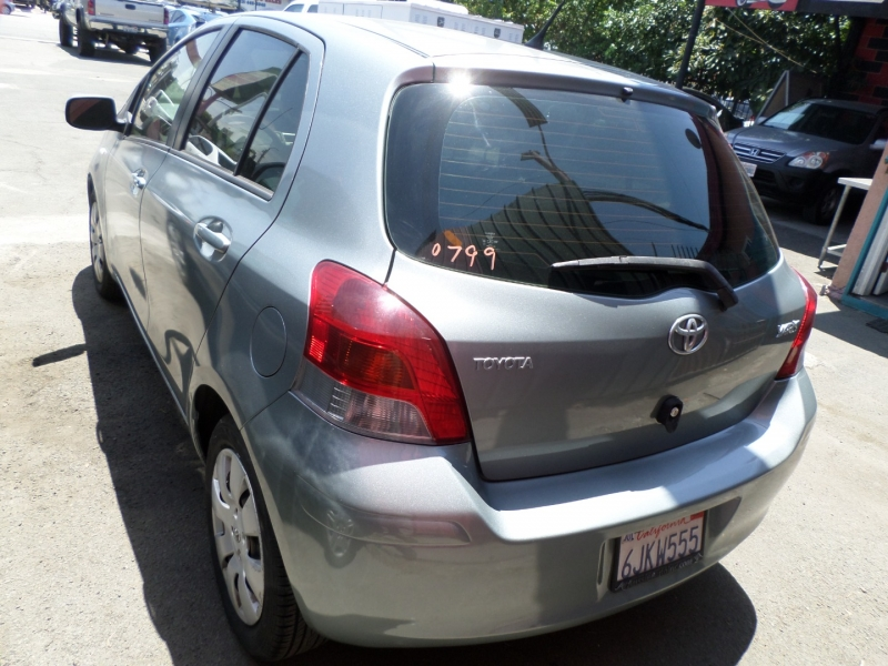 Toyota Yaris 2009 price $7,450