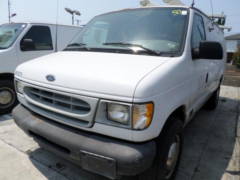 Ford Econoline Cargo Van 2002 price $7,950