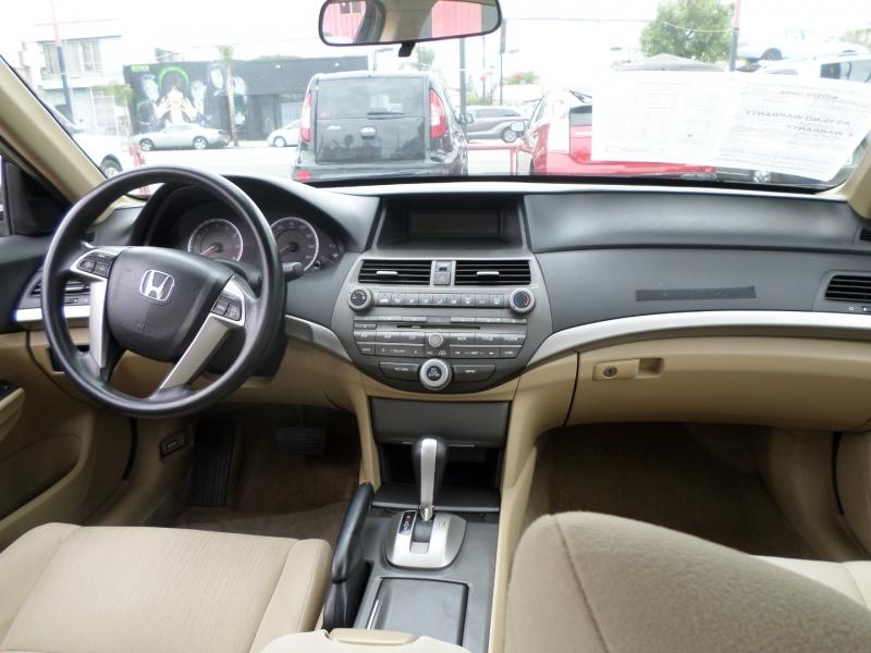 Honda Accord Sdn 2012 price $11,950