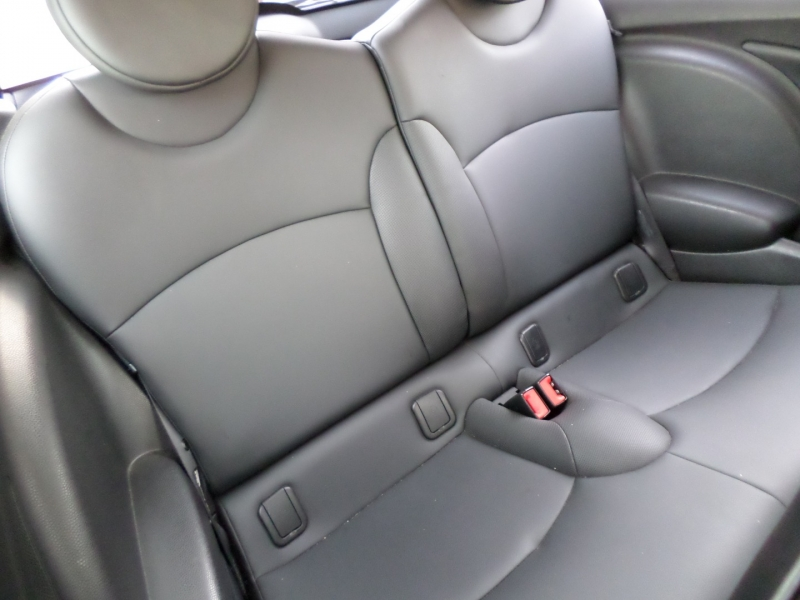 Mini Cooper Hardtop 2011 price $0