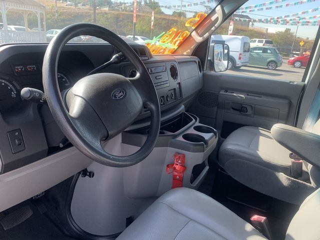 Ford E-Series Wagon 2013 price $8,995