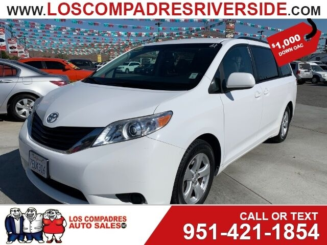 Toyota Sienna 2014 price $15,995
