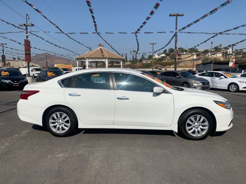 Nissan Altima 2018 price $14,800