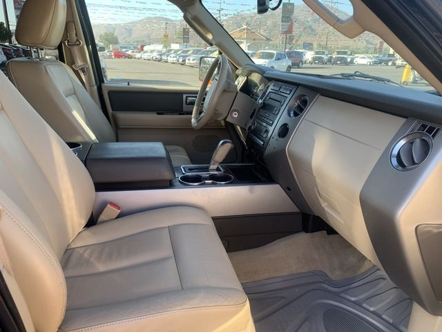 Ford Expedition EL 2013 price $8,995