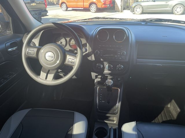 Jeep Patriot 2016 price $9,800