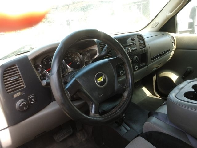 Chevrolet Silverado 2500 HD Extended Cab 2008 price $9,995
