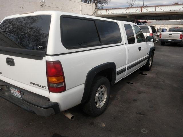Chevrolet Silverado 1500 Extended Cab 2002 price $7,995
