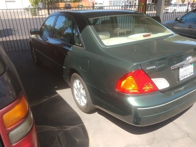 Toyota Avalon 2002 price $4,995