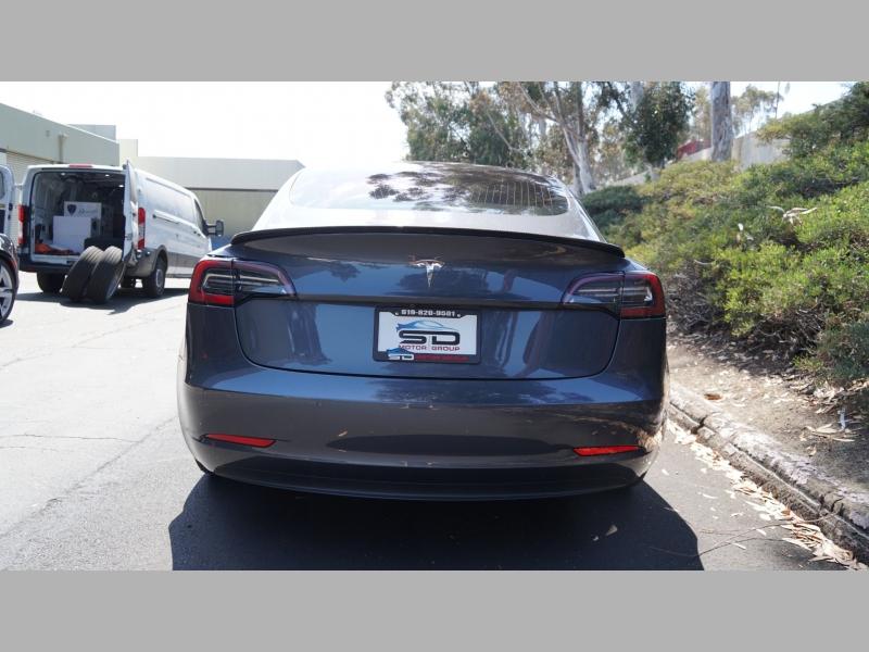 Tesla Model 3 2018 price $47,995