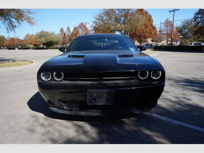 Dodge Challenger 2018 price $26,000