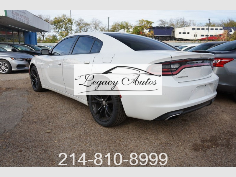 Dodge Charger 2018 price $18,995