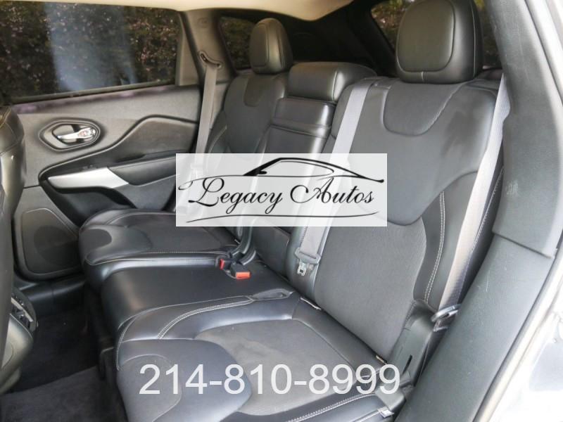 Jeep Cherokee 2018 price $19,995