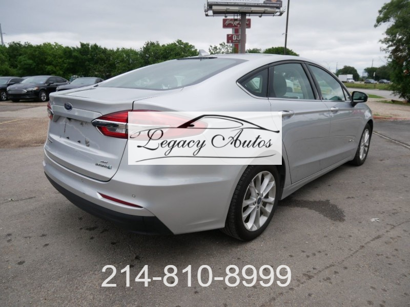 Ford Fusion Hybrid 2019 price $17,957