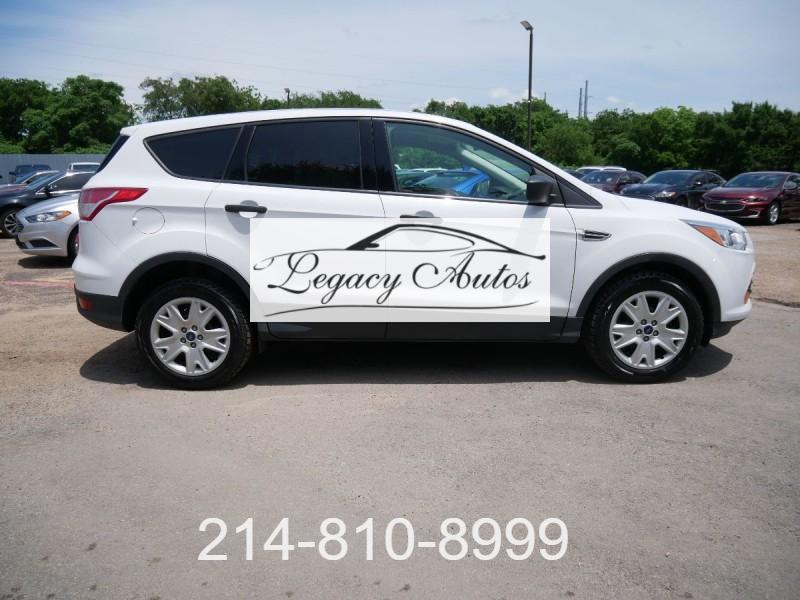 Ford Escape 2016 price $16,495