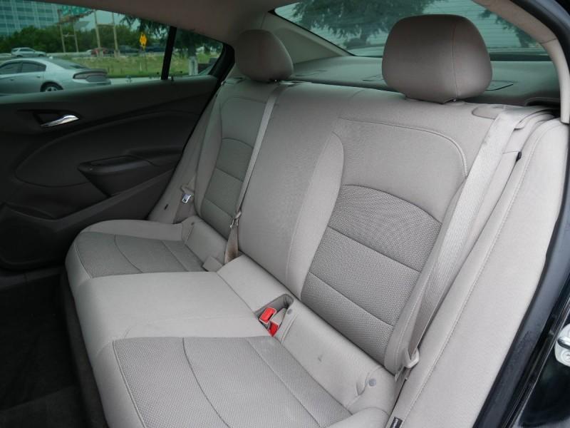 Chevrolet Cruze 2018 price $17,495