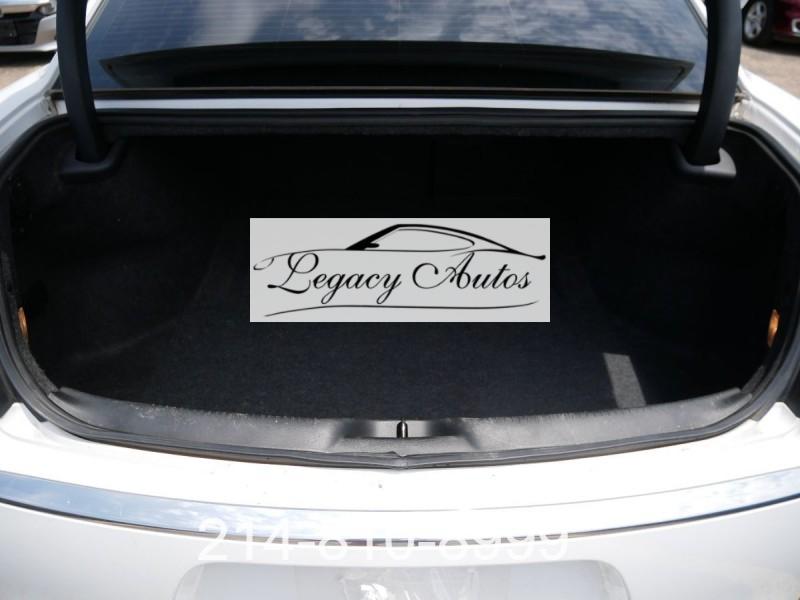 Chrysler 300 2016 price $21,995