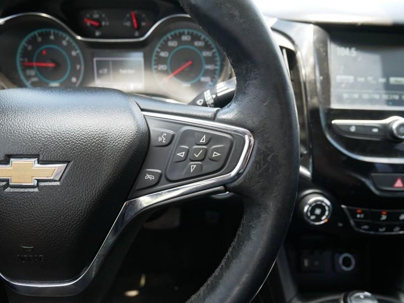 Chevrolet Cruze 2017 price $18,495