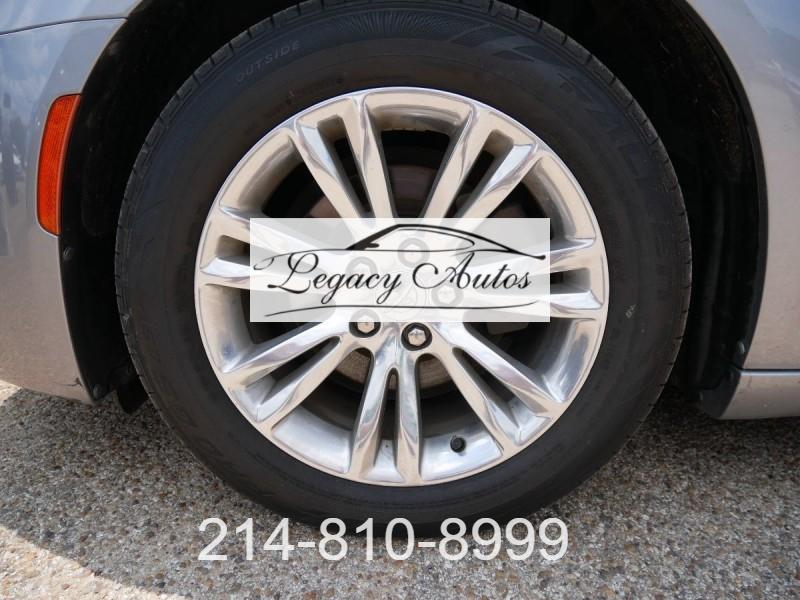 Chrysler 300 2017 price $22,995