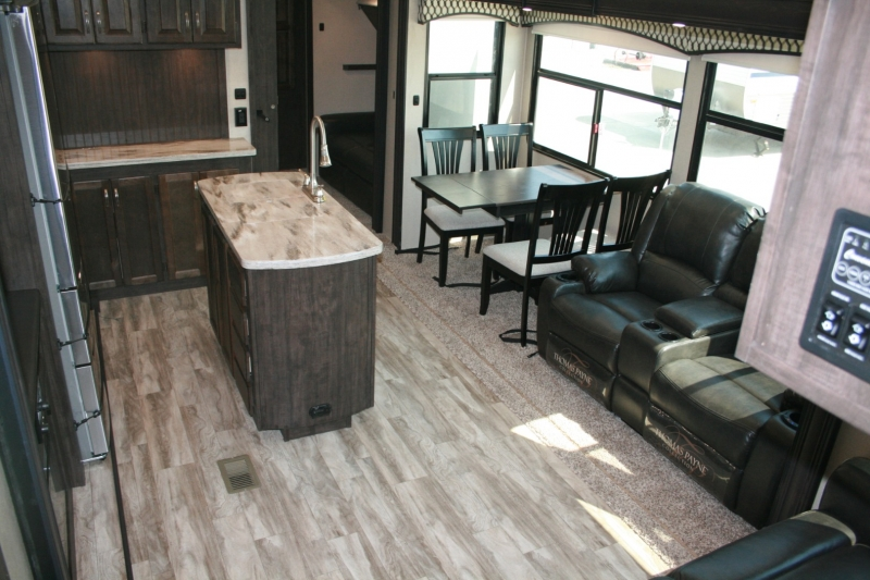 Forest River Shasta Phoenix 367BH 2021 price $57,985