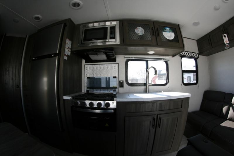 Forest River Shasta 26BH 2021 price $21,985